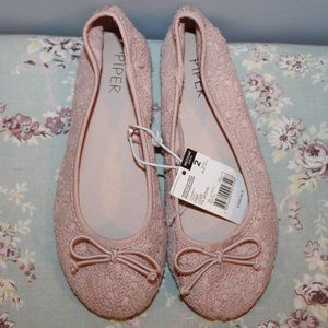 *NEW* pink lacey flats sz 2